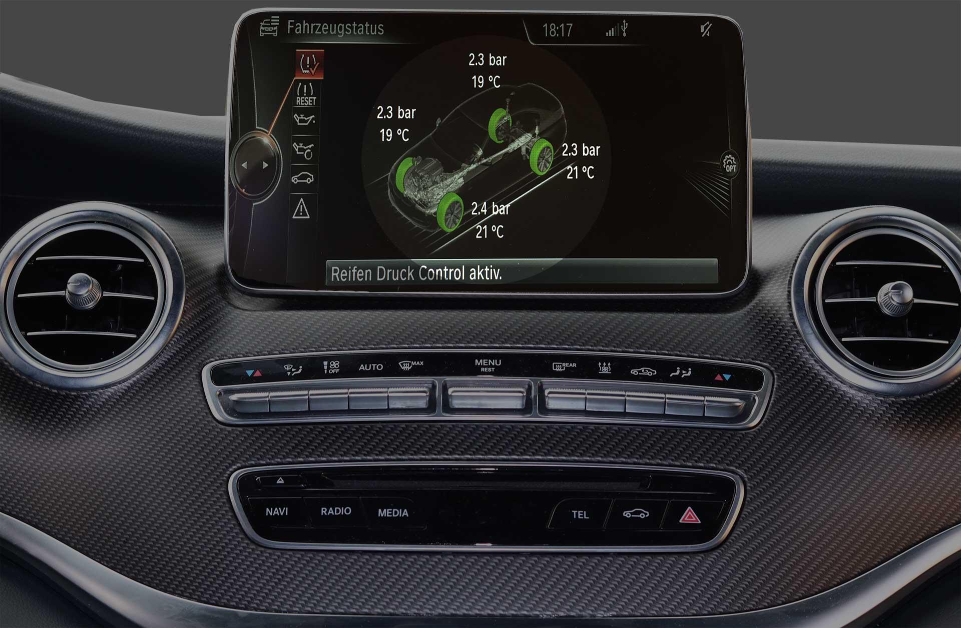 Fahrzeug Cockpit mit RDKS